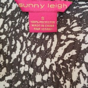 Sunny Leigh Tops - Sunny Leigh Black and White Ruffle Top NWOT